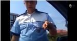 VIDEO – Atitudine fermă a unui polițist rutier vs un cocalar! :)))