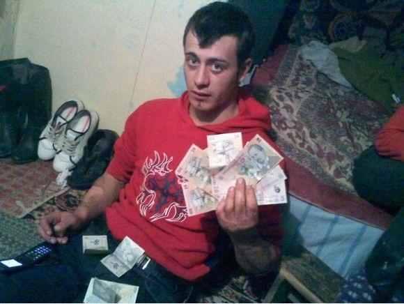 banii te fac boss