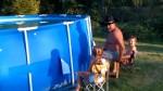 VIDEO – Cum să goleşti o piscină într-o secundă?!? :))))