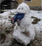 Cel mai periculos om de zăpadă din România! :))