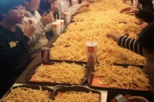 Asians-+-french-fries