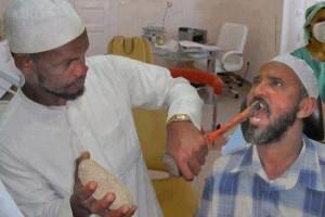 ai avea curaj sa treci pe la acest dentist